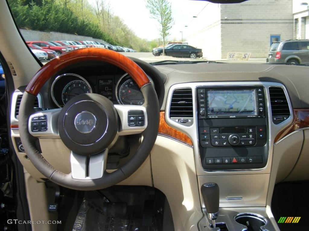 2011 Blackberry Pearl Jeep Grand Cherokee Overland 4x4 48456663 Photo 8 Car