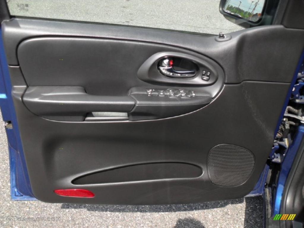 2006 Chevrolet Trailblazer Ss Ebony Door Panel Photo 48476670