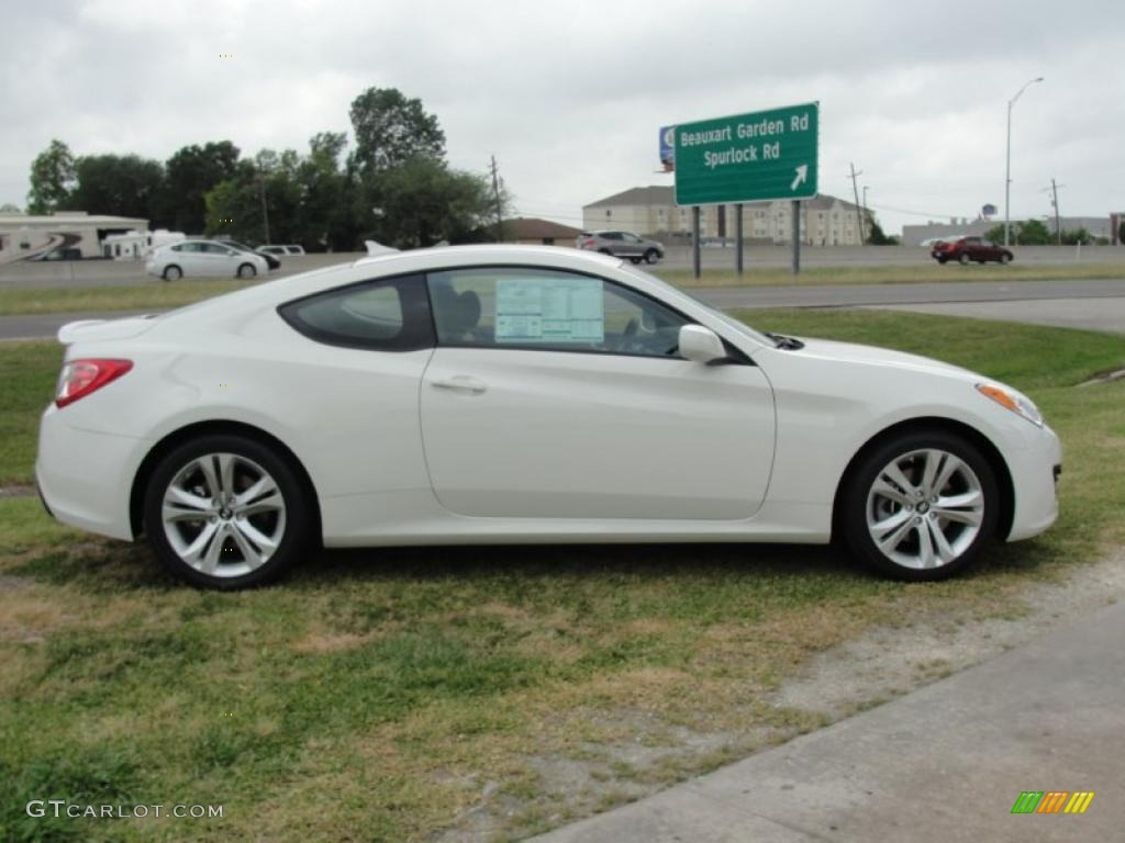 Karussell White 2011 Hyundai Genesis Coupe 2 0t Exterior Photo 48483453 Gtcarlot Com