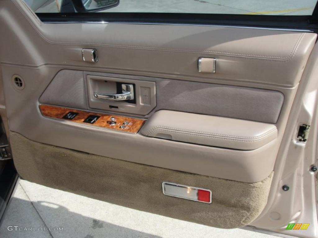 1993 lincoln town car signature beige door panel photo - Lincoln town car interior door parts ...