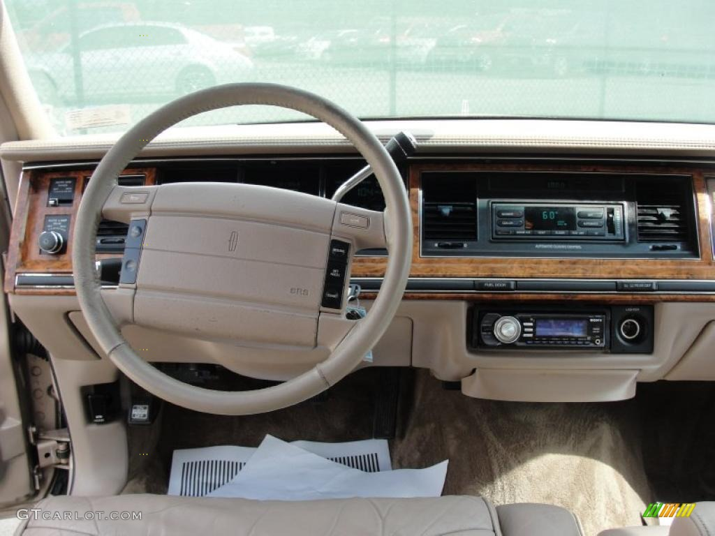 1993 lincoln town car signature dashboard photos. Black Bedroom Furniture Sets. Home Design Ideas
