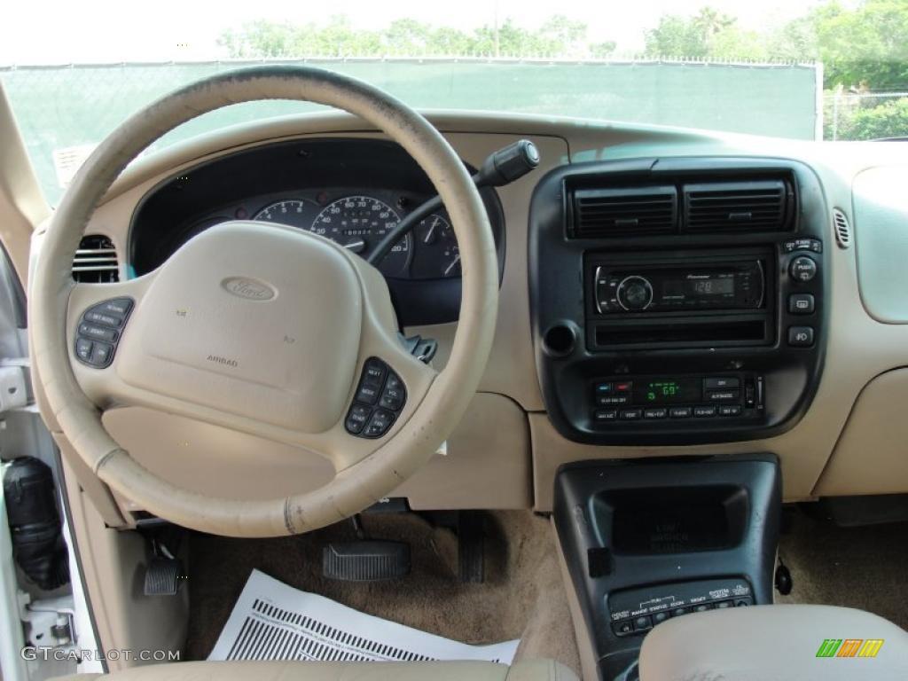 2000 Ford Explorer Eddie Bauer Medium Prairie Tan Dashboard Photo #48493570