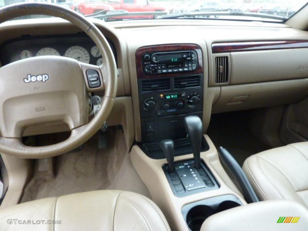 2002 Jeep Grand Cherokee Limited 4x4 interior Photo 48494113