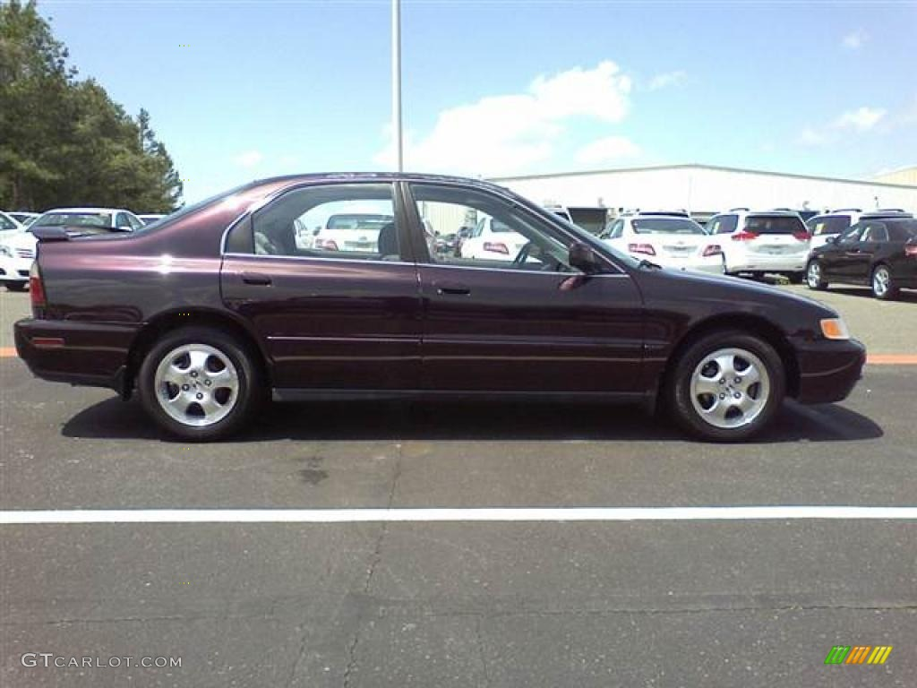 High Quality Black Currant Metallic 1997 Honda Accord SE Sedan Exterior Photo #48512671