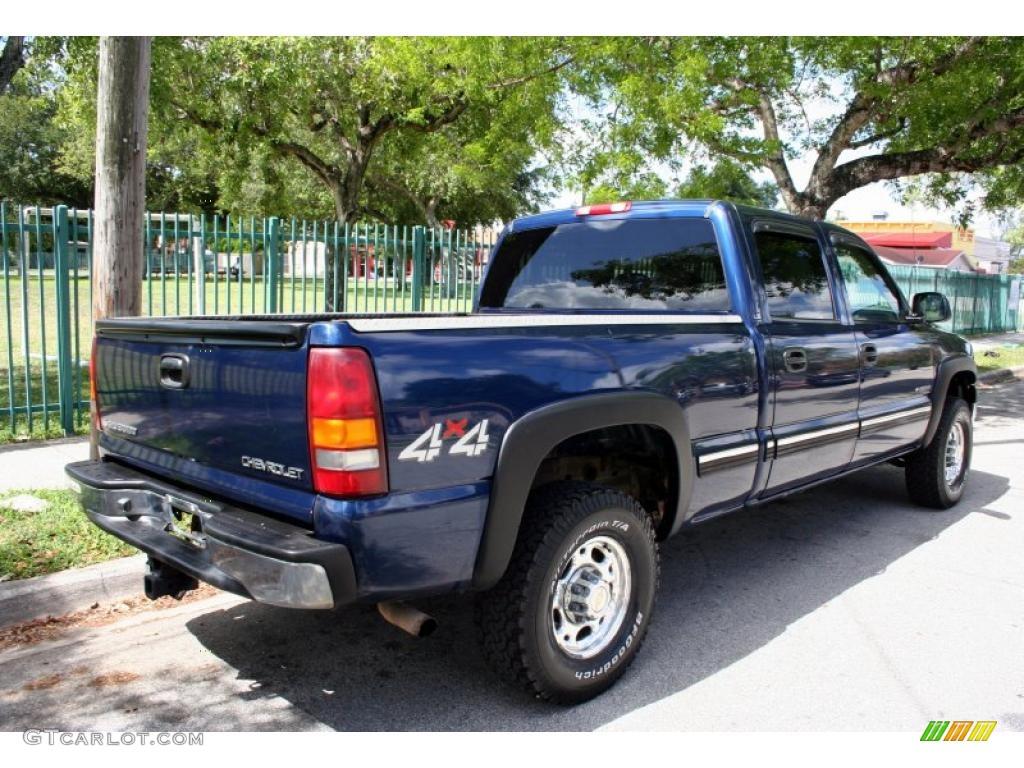 Indigo Blue Metallic 2002 Chevrolet Silverado 1500 LS Crew Cab 4x4 Exterior Photo #48568895