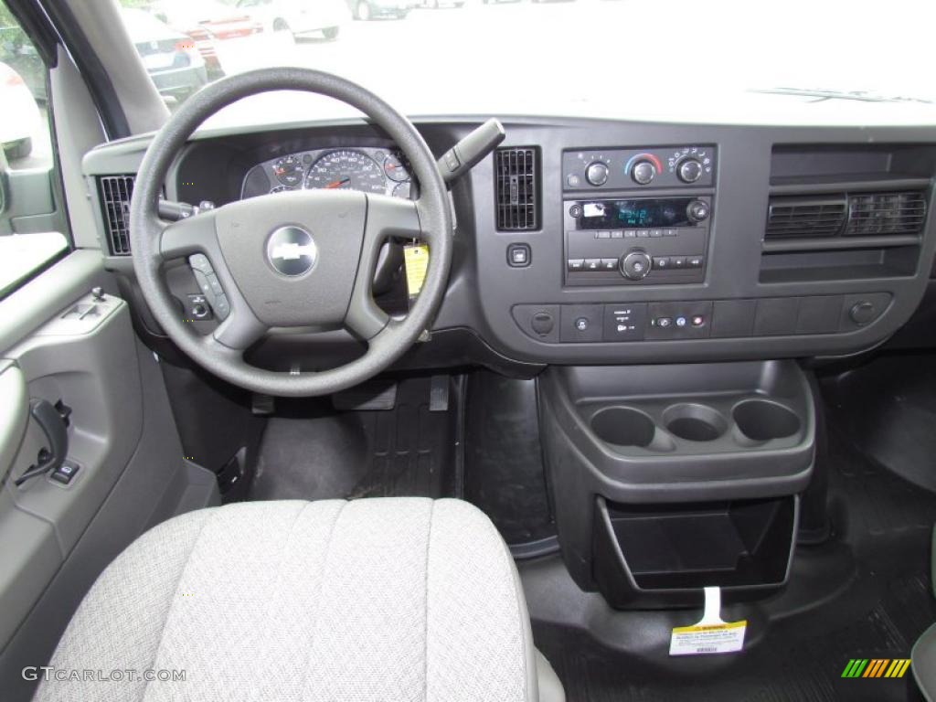 2011 chevrolet express ls 3500 passenger van medium pewter dashboard photo 48616673