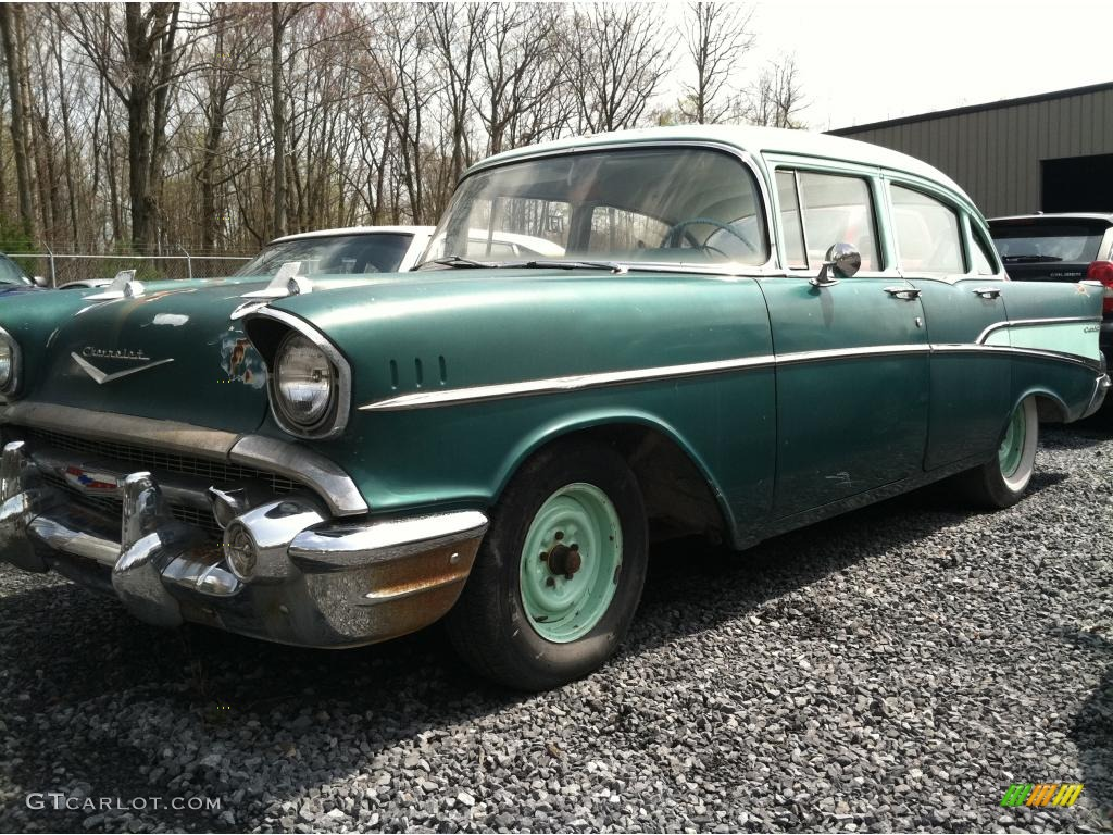 1957 highland green chevrolet 210 4 door 48581453 for 1957 chevrolet 4 door