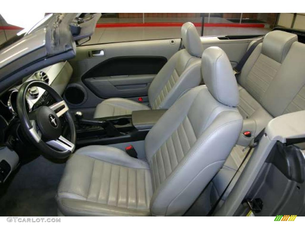 Light Graphite Interior 2006 Ford Mustang Gt Premium Convertible Photo 48676023