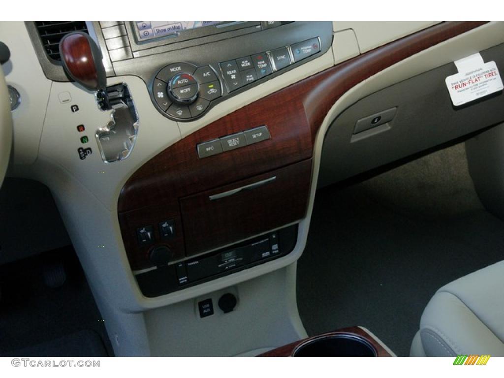2011 Sienna Limited AWD - Sandy Beach Metallic / Bisque photo #15