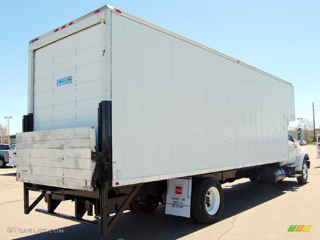 oxford white  ford  super duty xl chassis regular cab moving truck exterior photo
