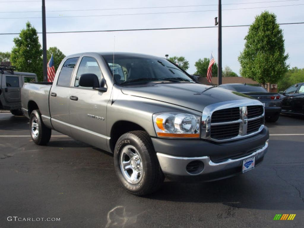 2006 Ram 1500 ST Quad Cab - Mineral Gray Metallic / Medium Slate Gray photo #2