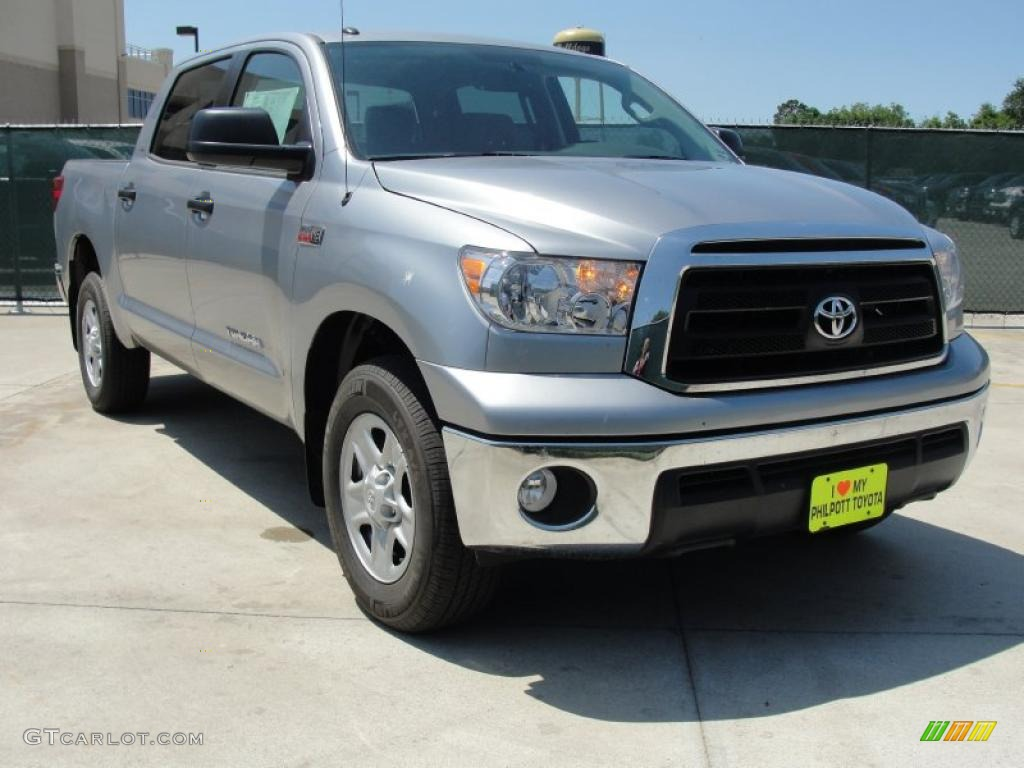 2011 Tundra SR5 CrewMax - Silver Sky Metallic / Graphite Gray photo #1