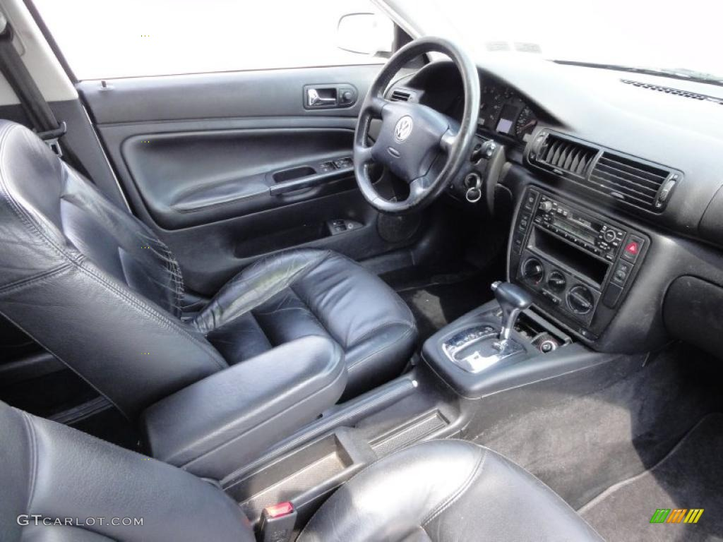 Black interior 2000 volkswagen passat gls 1 8t sedan photo 48847392 for Volkswagen passat 2000 interior