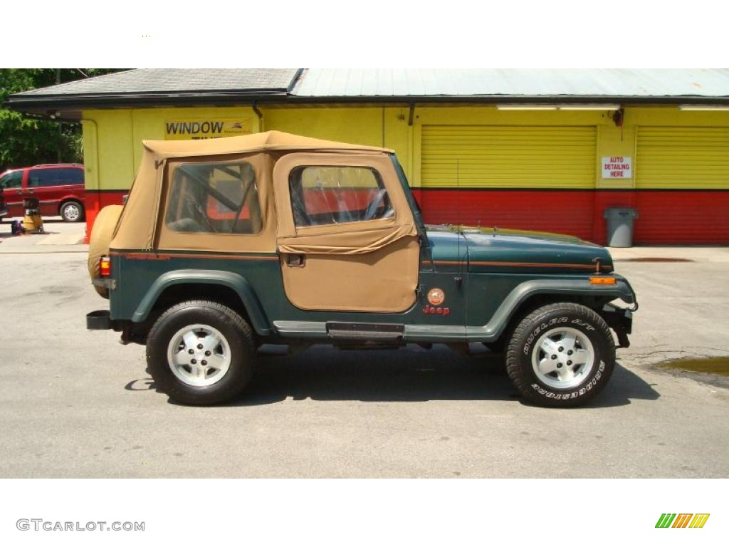 Hunter Green Metallic 1994 Jeep Wrangler Sahara 4x4