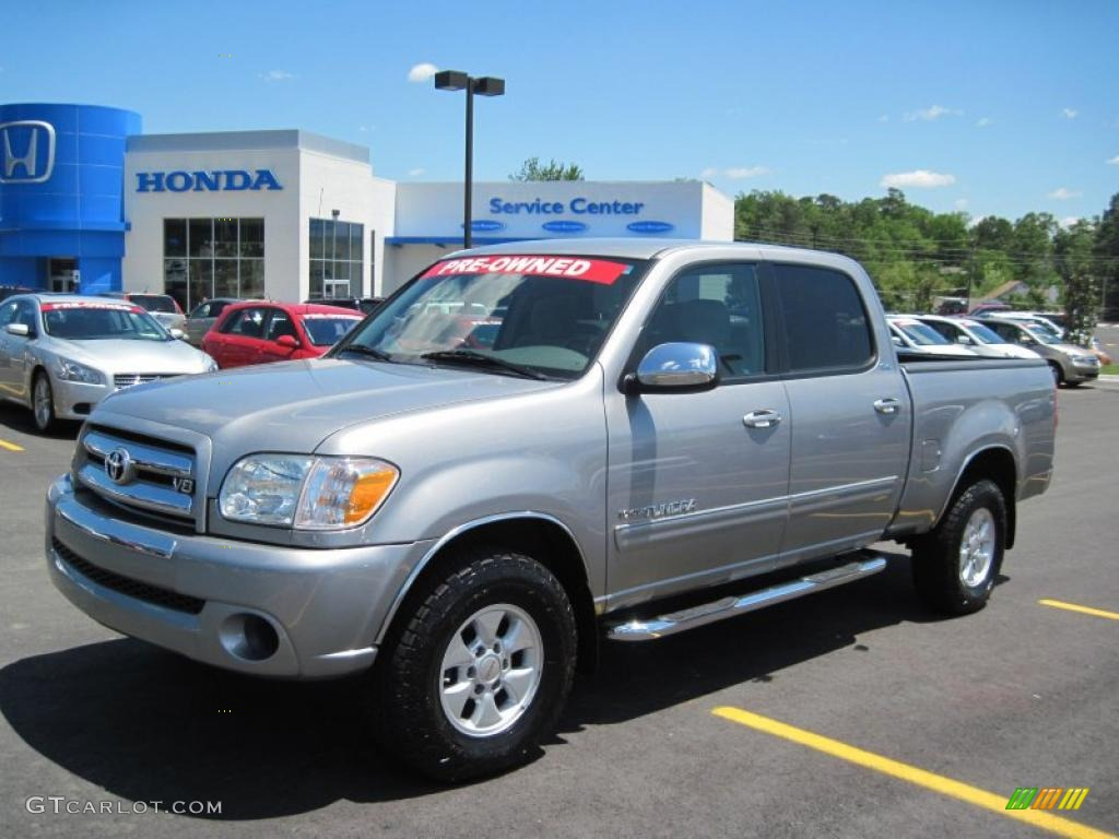 2005 Tundra SR5 Double Cab 4x4 - Silver Sky Metallic / Taupe photo #1