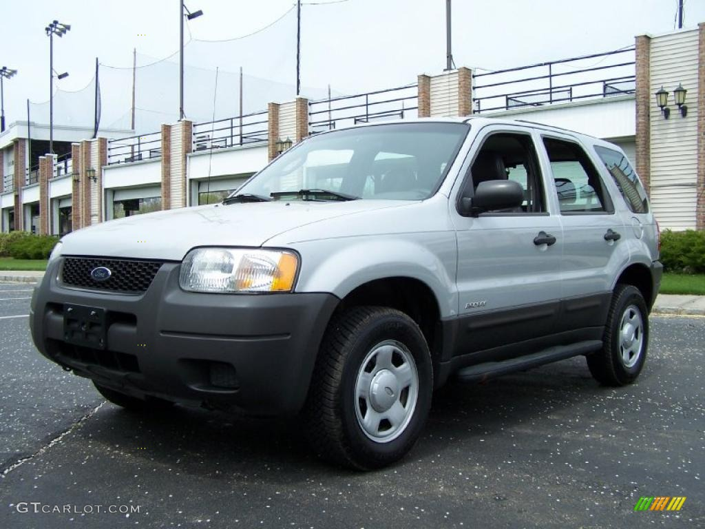 2002 Ford Escape XLS 4WD