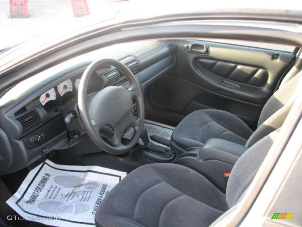 Dark slate gray interior 2002 dodge stratus se sedan photo for Dark grey interior