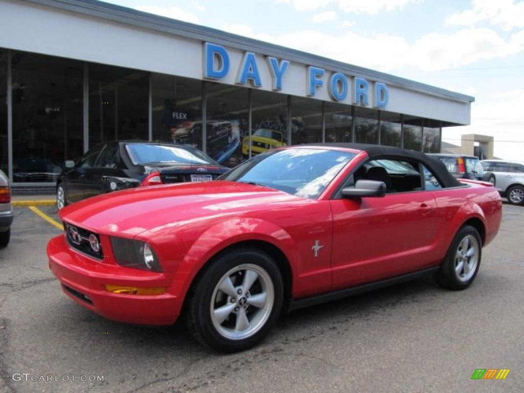 2007 Mustang V6 Deluxe Convertible - Torch Red / Dark Charcoal photo #1