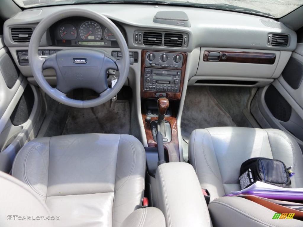 2001 Volvo C70 LT Convertible Beige Dashboard Photo #48942529 | GTCarLot.com