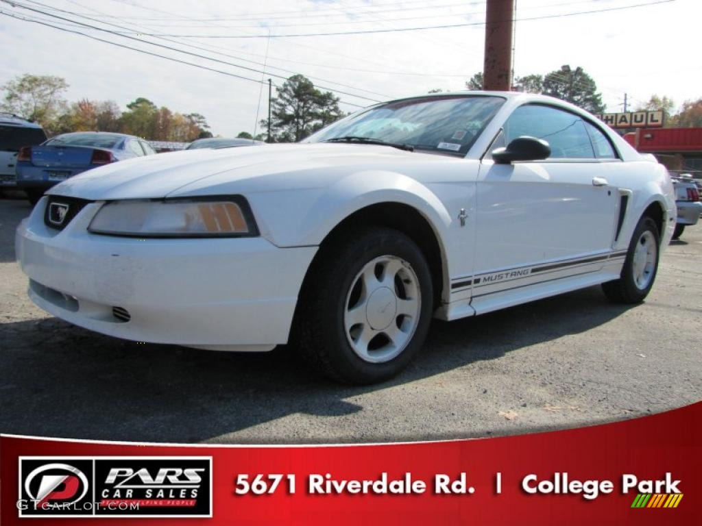 2000 crystal white ford mustang v6 coupe 48981576 gtcarlot com