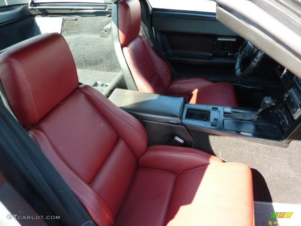 Carmine Red Interior 1984 Chevrolet Corvette Coupe Photo 49035711