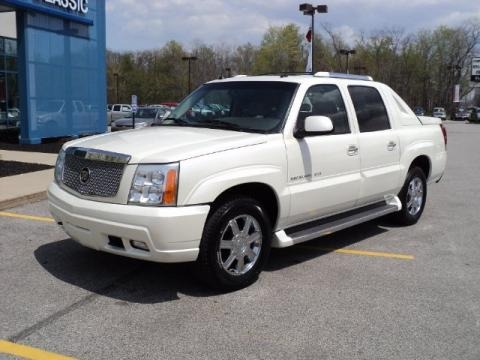 2005 cadillac escalade ext awd data info and specs. Black Bedroom Furniture Sets. Home Design Ideas