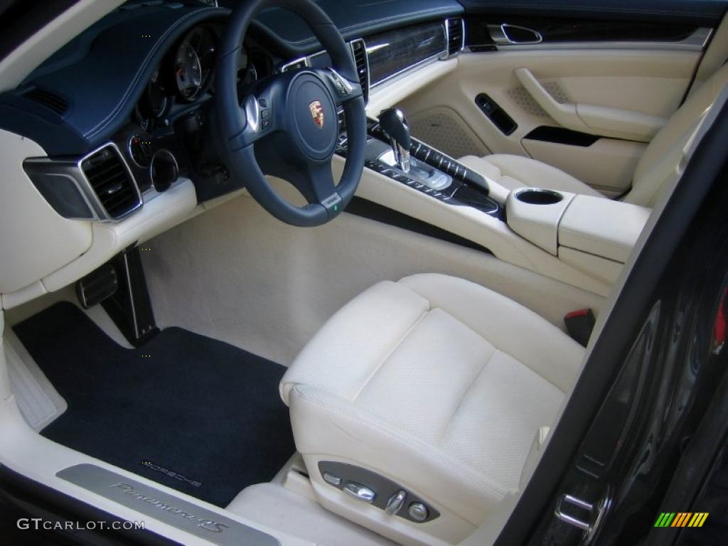 Yachting Blue/Cream Interior 2010 Porsche Panamera 4S Photo