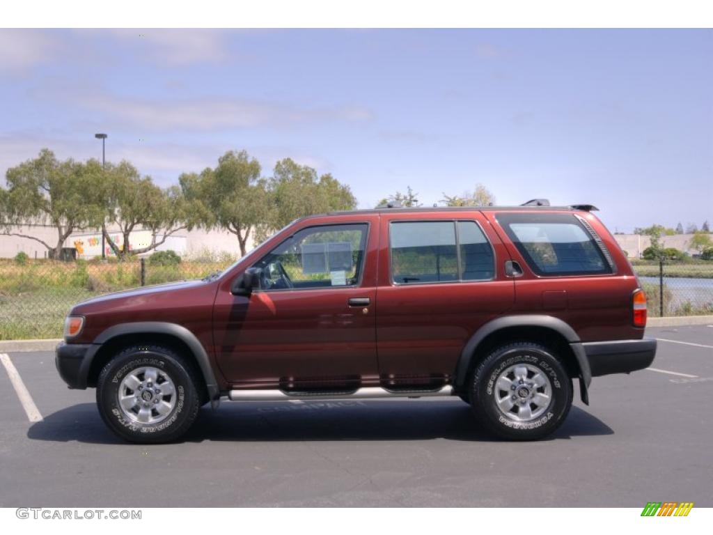Red Pearl Metallic 1998 Nissan Pathfinder Se 4x4 Exterior