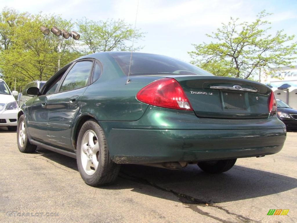 Tropic Green Metallic 2000 Ford Taurus Se Exterior Photo