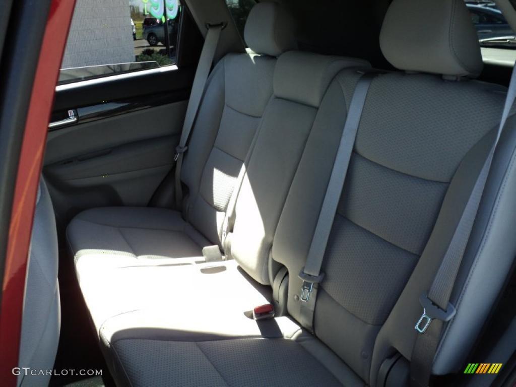 2011 Sorento LX AWD - Spicy Red / Gray photo #25