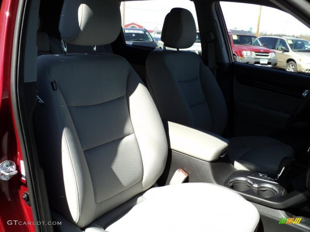 2011 Sorento LX AWD - Spicy Red / Gray photo #33