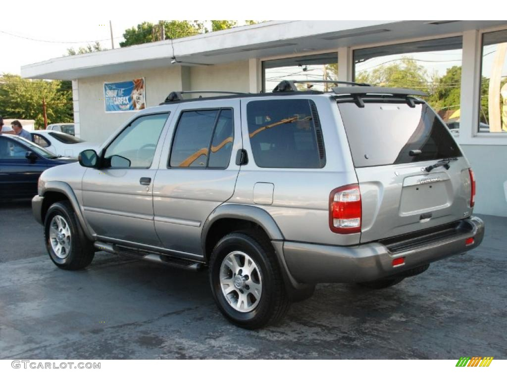 2000 sierra silver metallic nissan pathfinder se 4x4. Black Bedroom Furniture Sets. Home Design Ideas