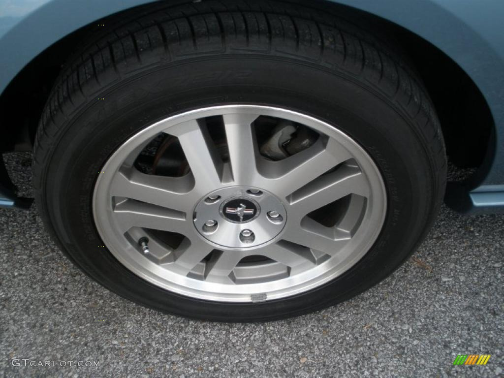 2006 Ford Mustang GT Premium Coupe Wheel Photo #49121783
