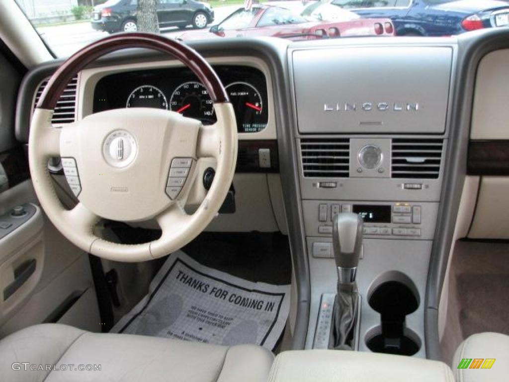 2004 Lincoln Aviator Luxury Light Parchment Dashboard