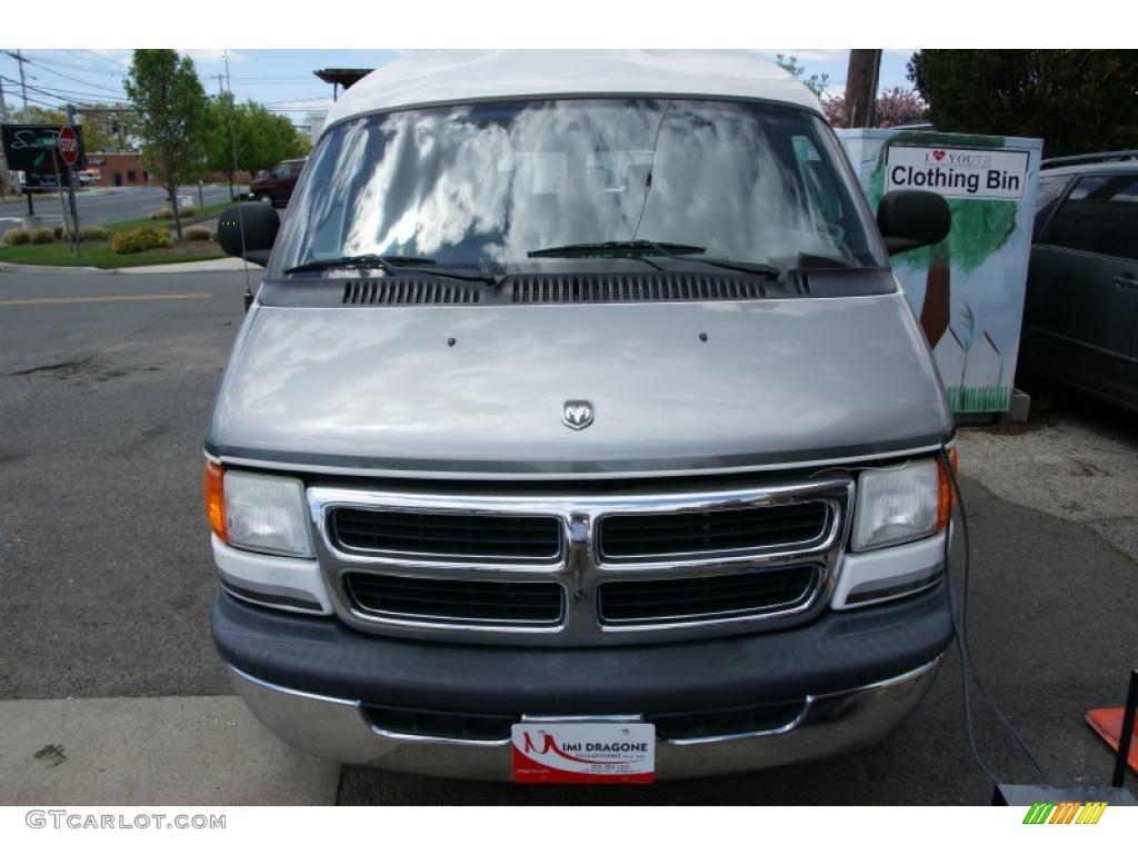 2002 bright white dodge ram van 1500 passenger conversion 49090837 car color. Black Bedroom Furniture Sets. Home Design Ideas