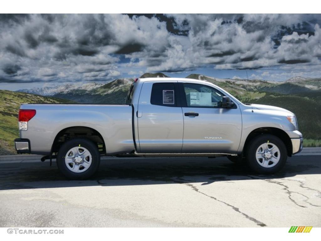 2011 Tundra Double Cab 4x4 - Silver Sky Metallic / Graphite Gray photo #2
