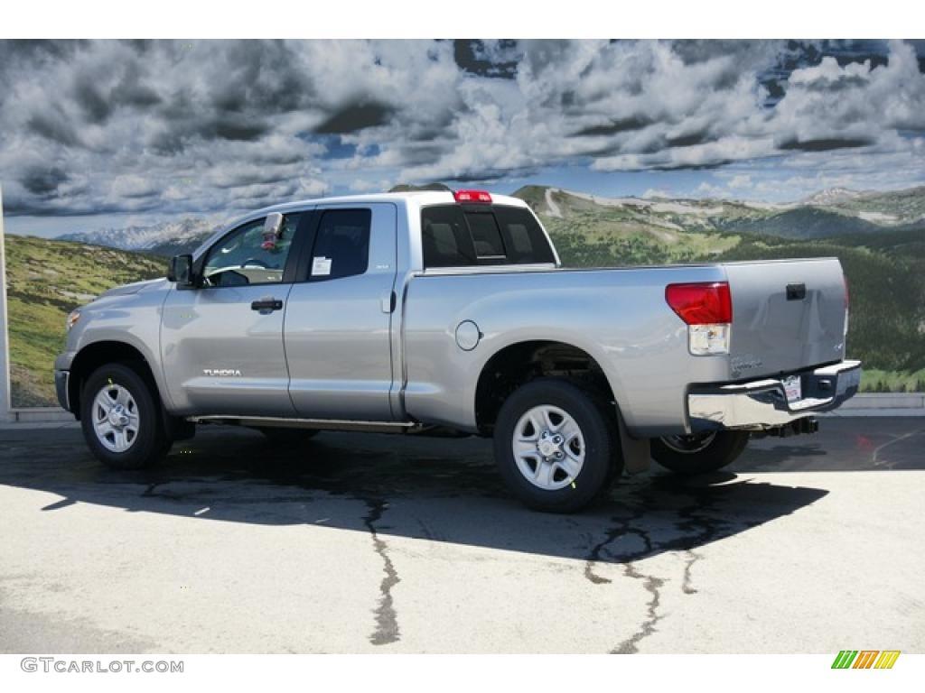 2011 Tundra Double Cab 4x4 - Silver Sky Metallic / Graphite Gray photo #3