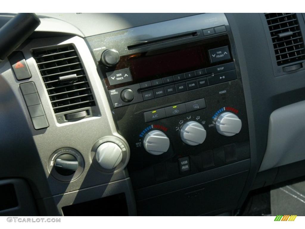 2011 Tundra Double Cab 4x4 - Silver Sky Metallic / Graphite Gray photo #10