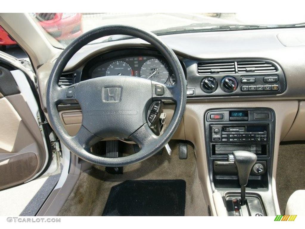 1995 Honda Accord Lx Wagon Beige Dashboard Photo 49160774 Gtcarlot Com