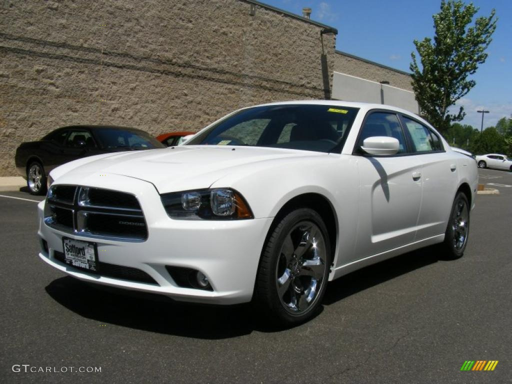 2011 Bright White Dodge Charger Rallye Plus 49136099