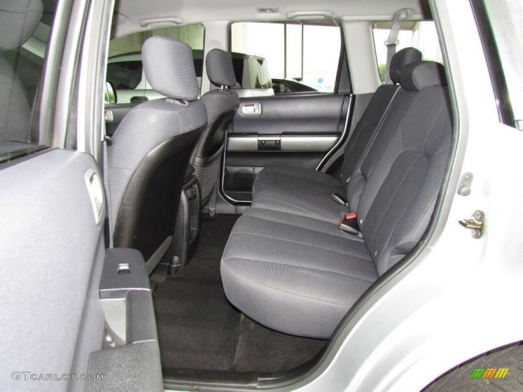 Charcoal Gray Interior 2004 Mitsubishi Endeavor Ls Awd Photo 49204877