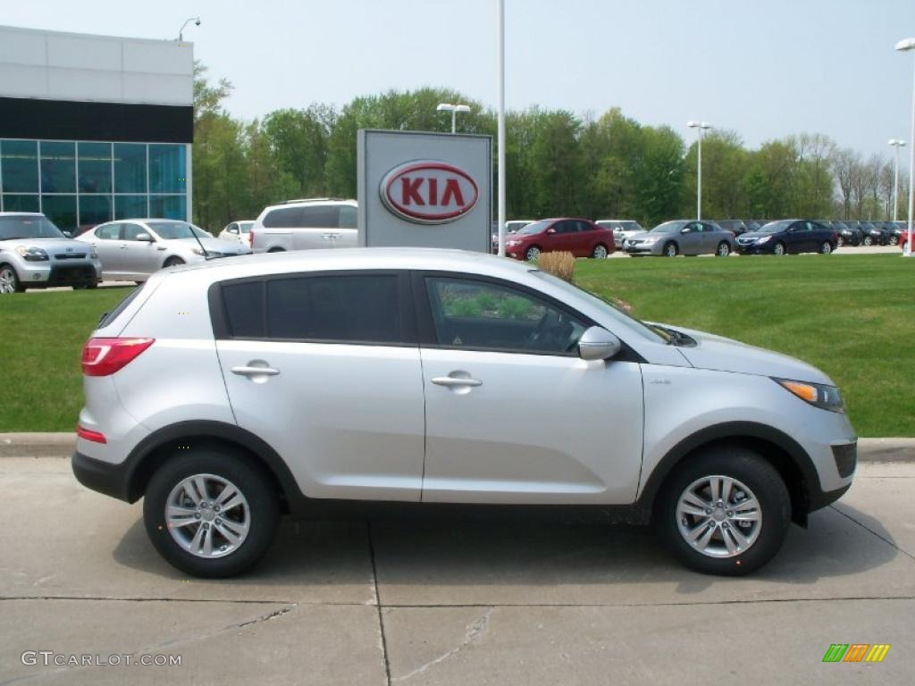 bright silver 2011 kia sportage lx awd exterior photo 49248776. Black Bedroom Furniture Sets. Home Design Ideas