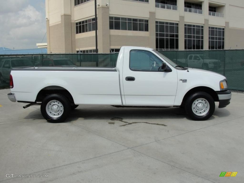 Oxford White 2000 Ford F150 Xl Regular Cab Exterior Photo