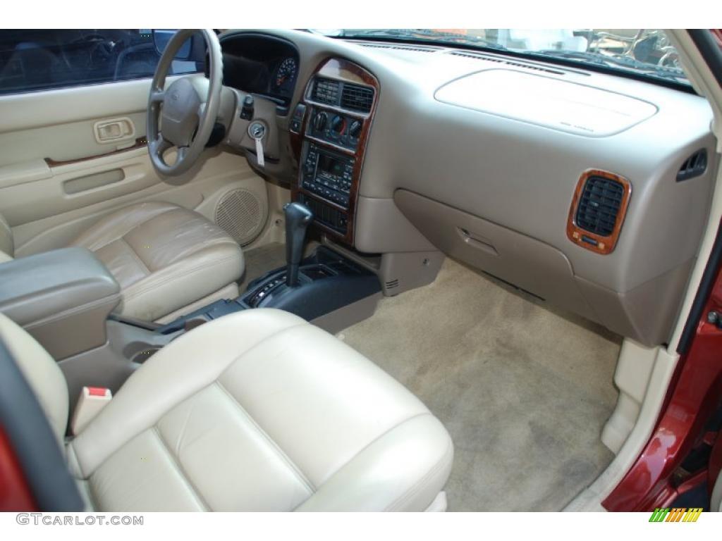 1998 Nissan Pathfinder Le Interior Photo 49289951