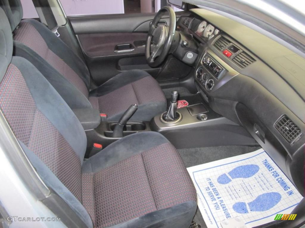 2005 Mitsubishi Lancer RALLIART interior Photo 49289993