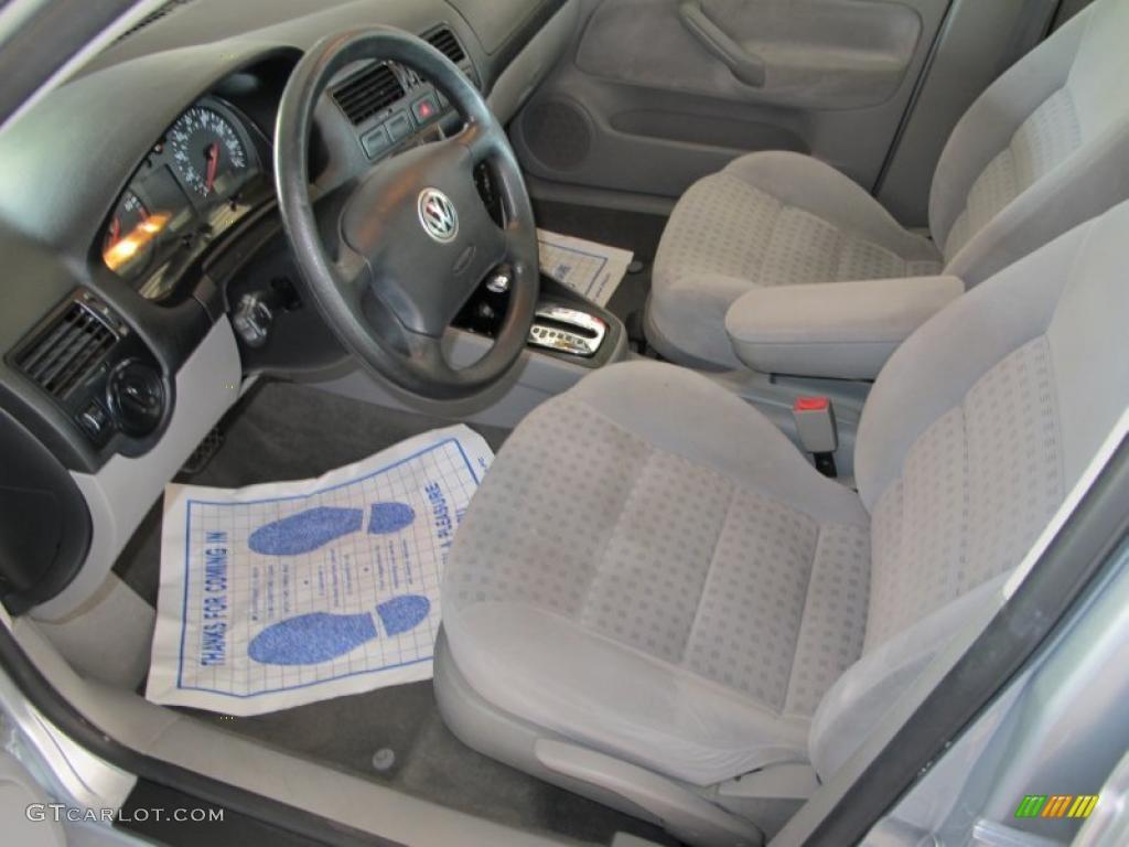 Grey Interior 2002 Volkswagen Jetta Gls Sedan Photo 49290236