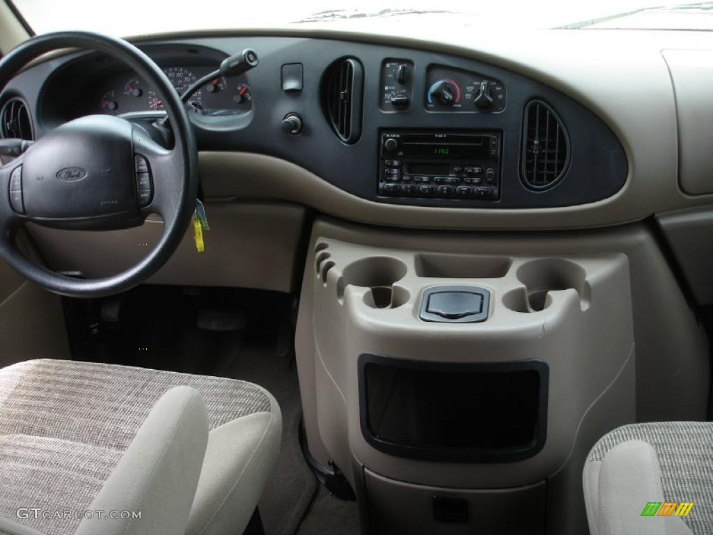 Delightful 2002 Ford E Series Van E350 XLT 15 Passenger Interior Photo #49320090 Amazing Design