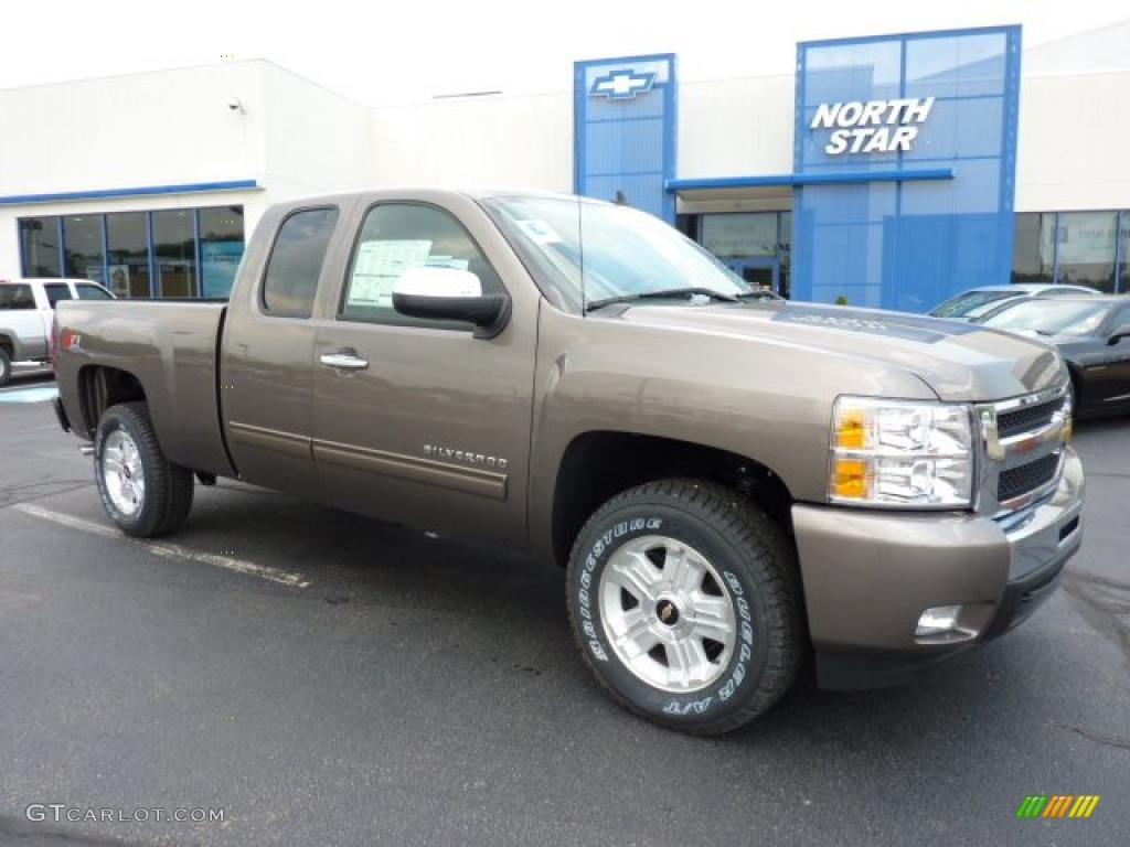 2011 Silverado 1500 LT Extended Cab 4x4 - Mocha Steel Metallic / Ebony photo #1