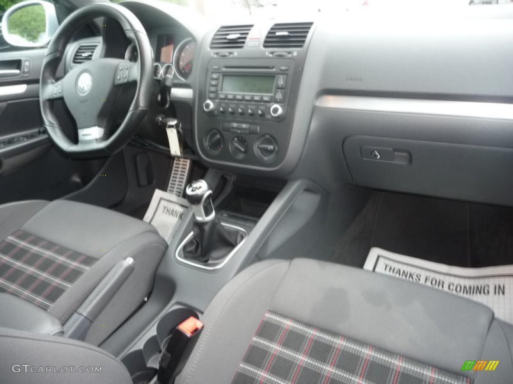 Interlagos Plaid Cloth Interior 2006 Volkswagen Jetta Gli Sedan Photo 49373855 Gtcarlot Com