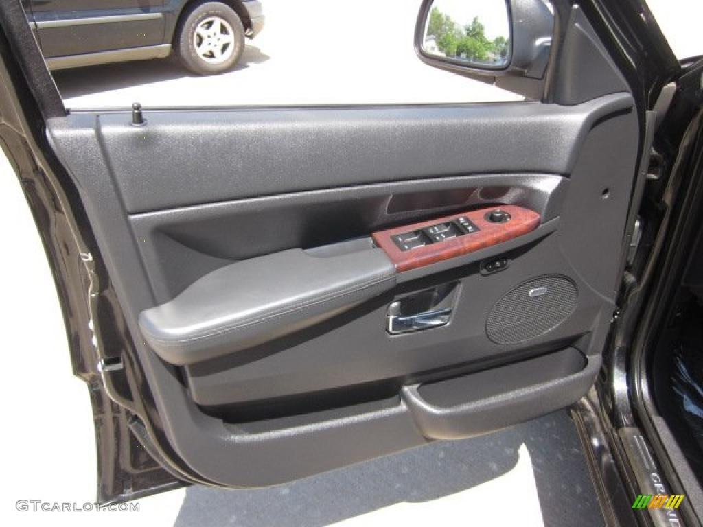 2008 Jeep Grand Cherokee Overland 4x4 Door Panel Photos